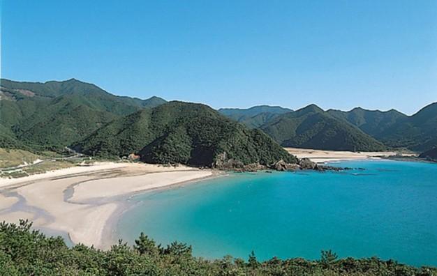 次の世界遺産はここだ!美しい海と教会めぐりと歴史をたどる「五島列島」