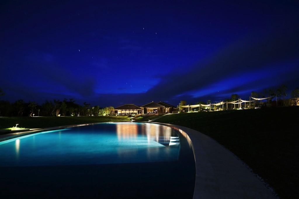 星のや竹富島のプール