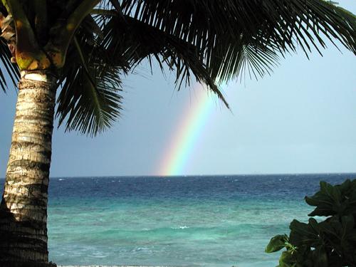 ジープ島から見た虹