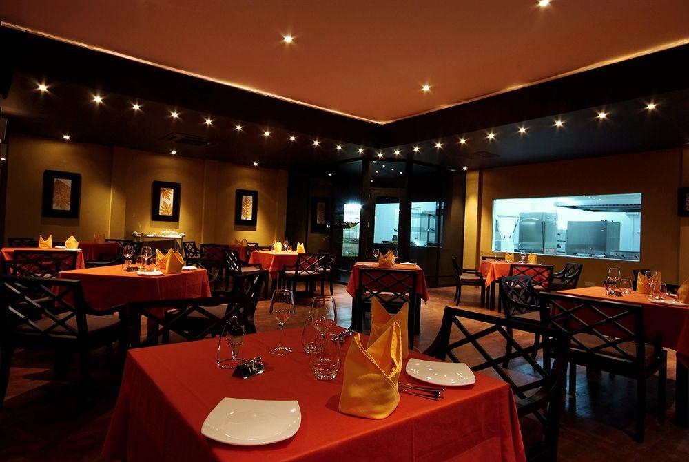 アダーラン・プレステージ・ヴァドゥのレストラン一例
