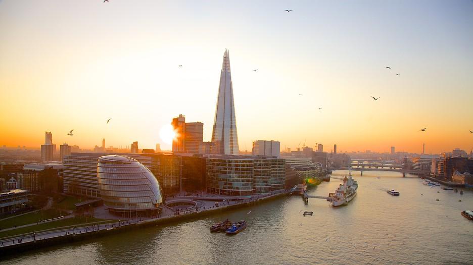 世界遺産とアートが融合する「ロンドン・テムズ川」リバーサイド散策