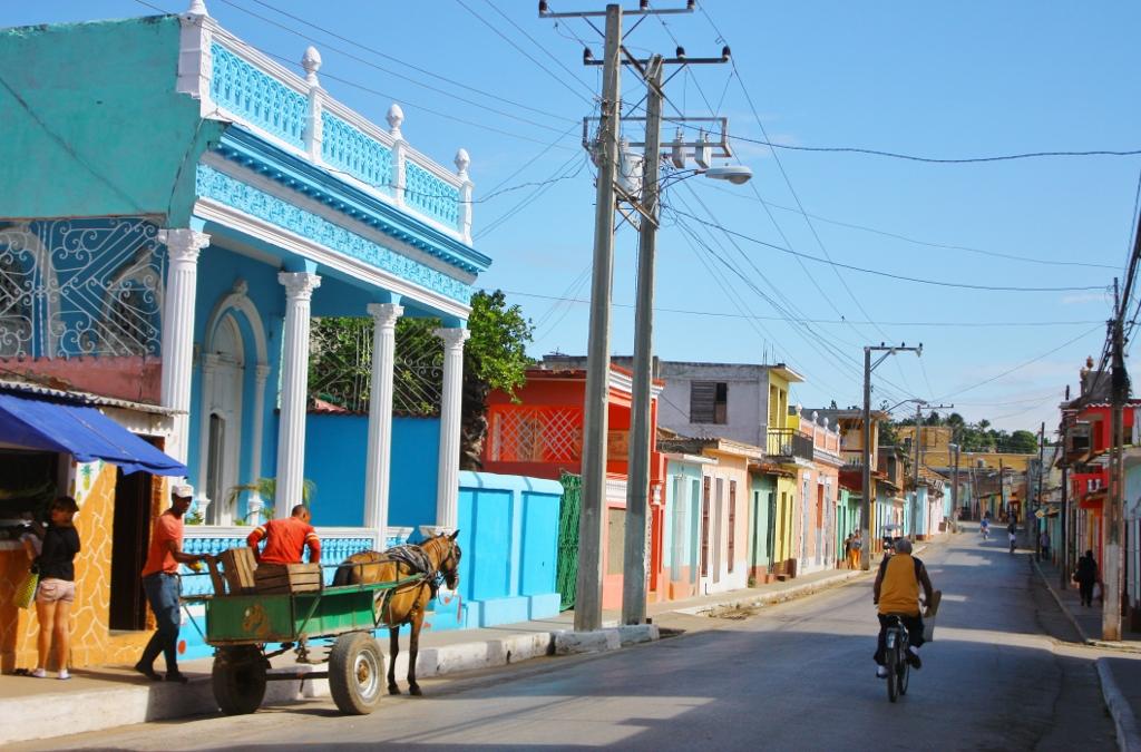 キューバ トリニダーの街並み