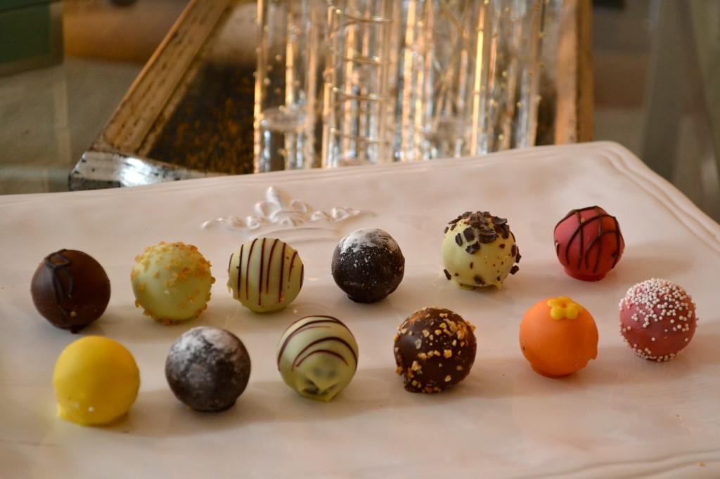 ゴディバ チョコレート カラフル