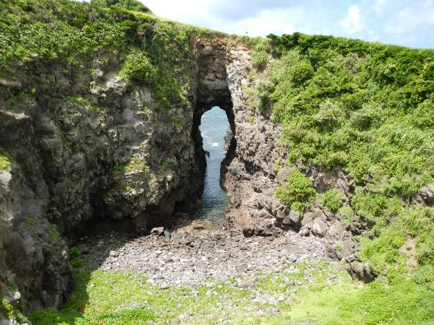 壱岐島にある鬼の足跡