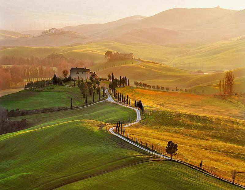 絵画のような美しきトスカーナの絶景!イタリアの世界遺産「オルチャ渓谷」
