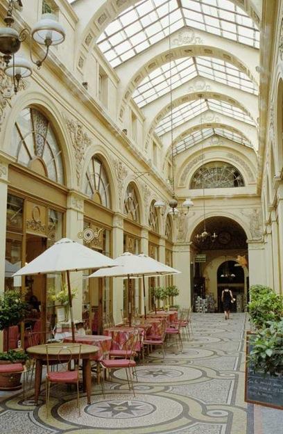 パリのパッサージュ