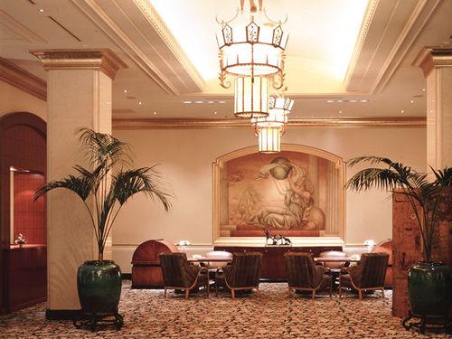 ホテル ザ・マンハッタンのロビーレセプション