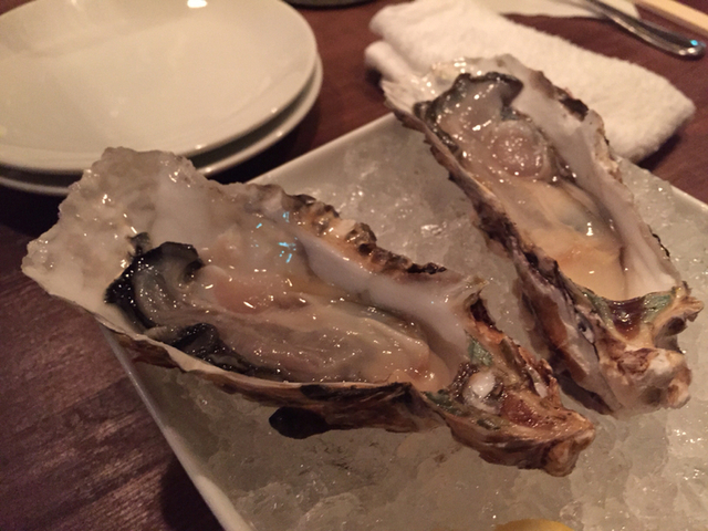 千葉葡萄酒食堂 ユイットルの生牡蠣