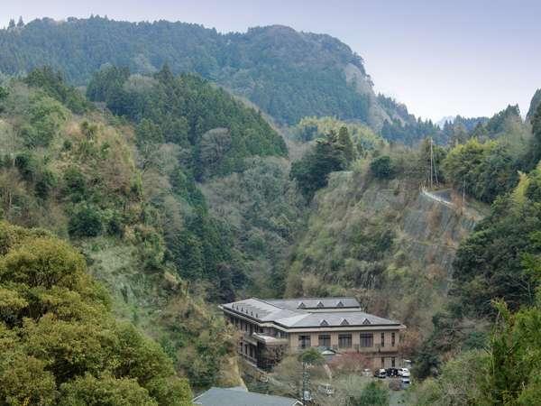 渓谷別庭 もちの木