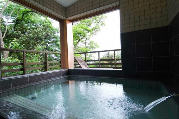 伊豆大島 ホテル&リゾート マシオの露天風呂