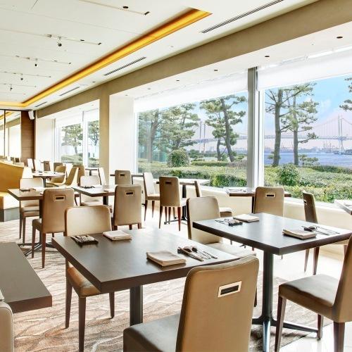 ホテル インターコンチネンタル 東京ベイのレストラン