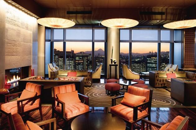 超一流ホテル「マンダリンオリエンタル東京」で優雅なアフタヌーンティーを
