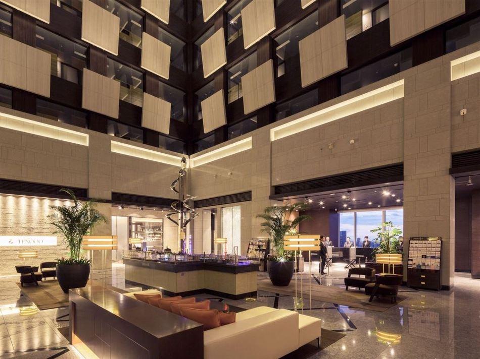ホテルメトロポリタン丸の内のロビー