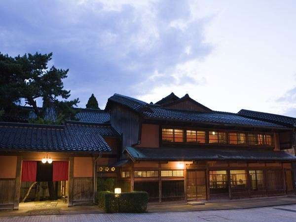 唯一昔日の面影を残す温泉宿「星野リゾート 界 加賀」
