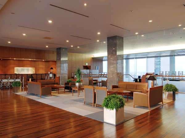 小田急ホテルセンチュリーサザンタワーのロビー