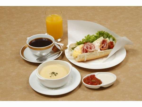 赤坂エクセルホテル東急のクックセルフサンド