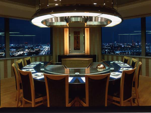 ホテル グランパシフィック LE DAIBAのレストラン