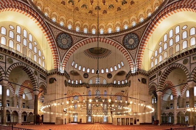スレイマニエ・モスクの内部