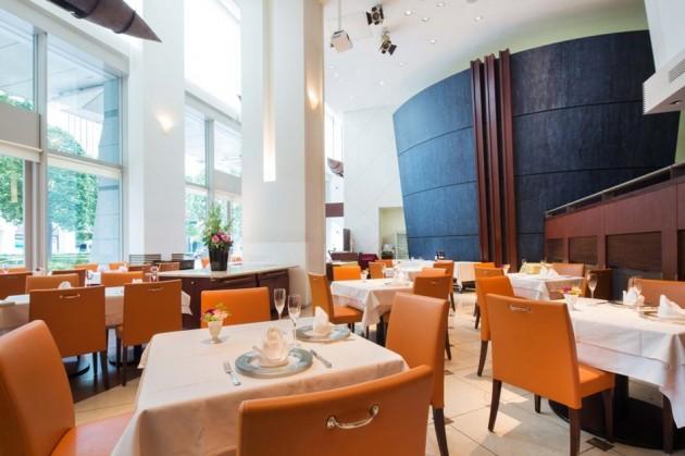 セレスティンホテルのレストラン
