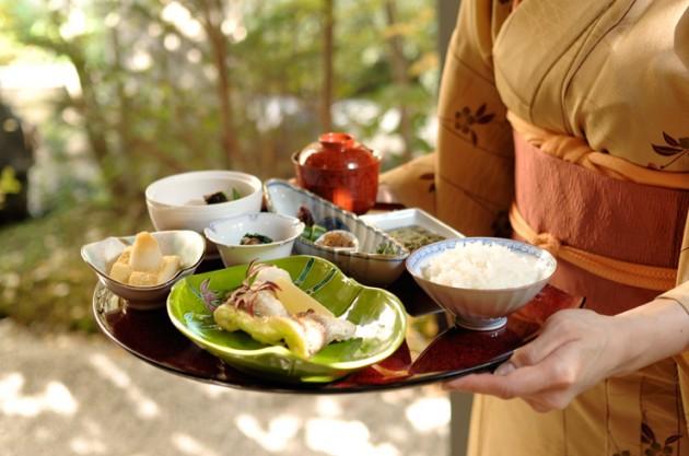 庭のホテル 東京の朝食
