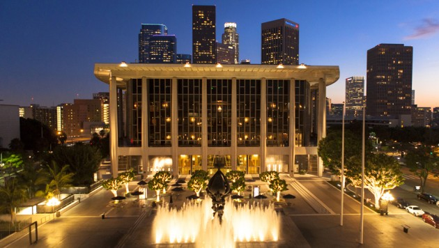 1381840142-venue-Dorothy_Chandler_Pavilion_at_The_Music_Center_by_Alex_Pitt-920