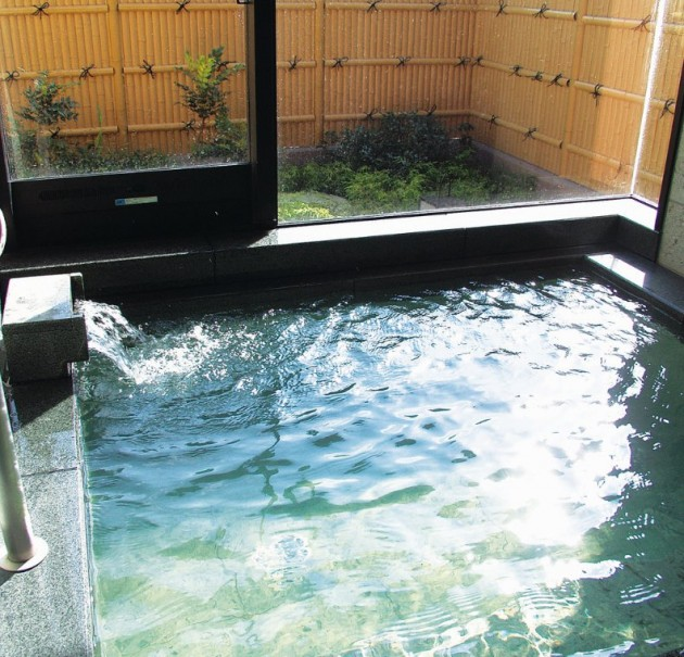解放感と魅力たっぷり「琵琶湖湖畔」のおすすめ日帰り温泉
