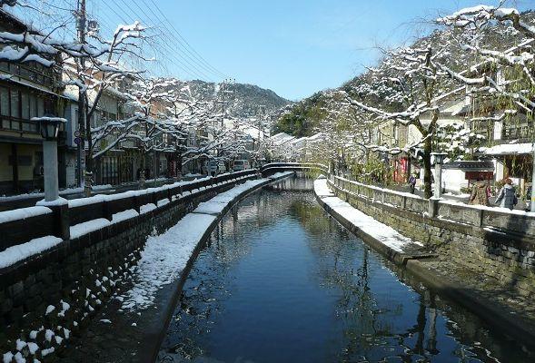 冬の城崎温泉