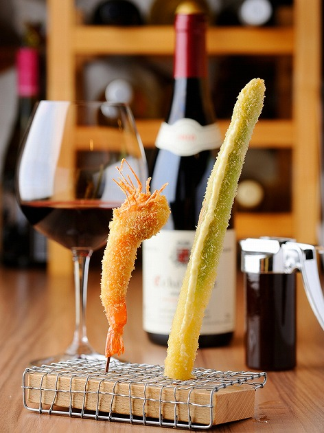 串揚げとワインのマリアージュ
