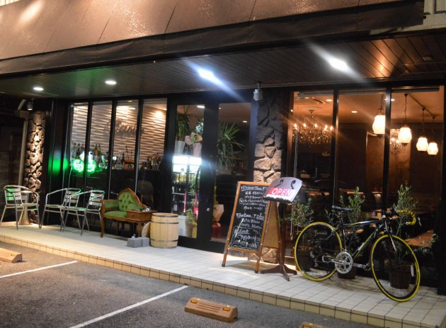 滋賀県 Cafe Bar Cervino 外観