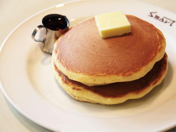 スマート珈琲店のホットケーキ