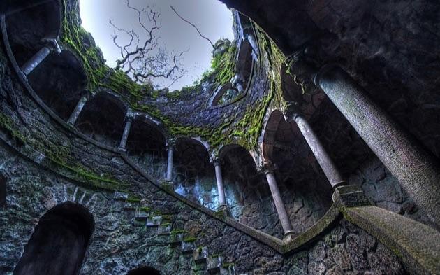 レガイラ宮殿の井戸