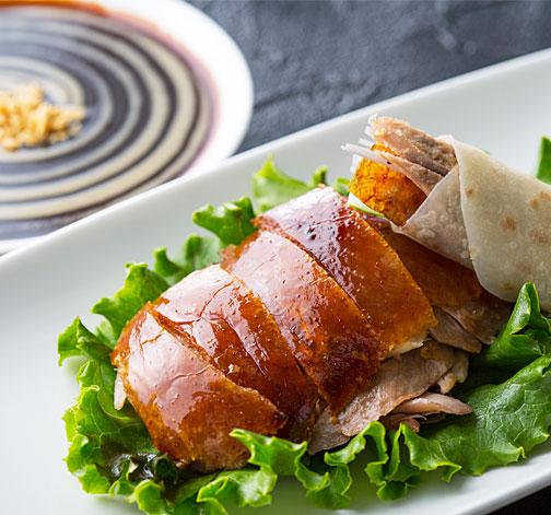 お腹いっぱい食事を楽しむことができる「ヒルトン東京」のレストランおすすめ3選