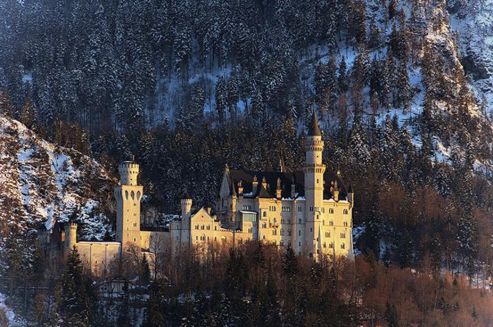 歴史、自然、クラブ・・・ドイツで訪れるべき観光スポットおすすめ5選