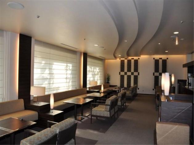 三井ガーデンホテル大阪淀屋橋のラウンジの様子