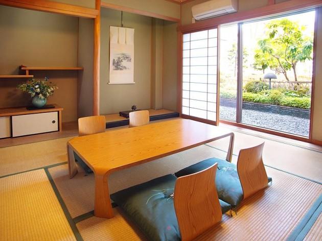 ザ クラウンパレス新阪急高知の客室一例2