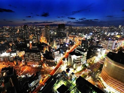 スイスホテル南海大阪のホテルからの夜景