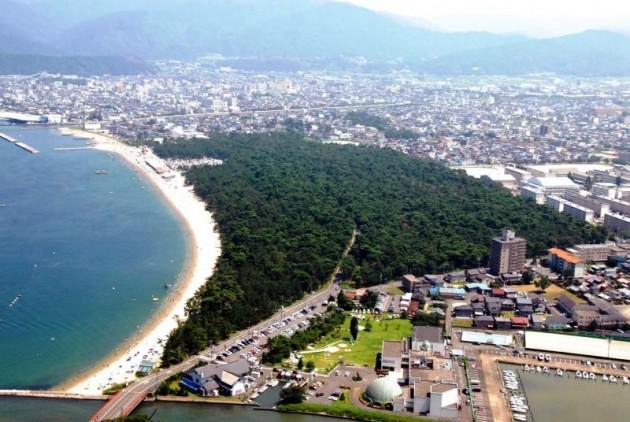 敦賀湾に面し日本三大松原を有する「敦賀」の観光スポットおすすめランキング