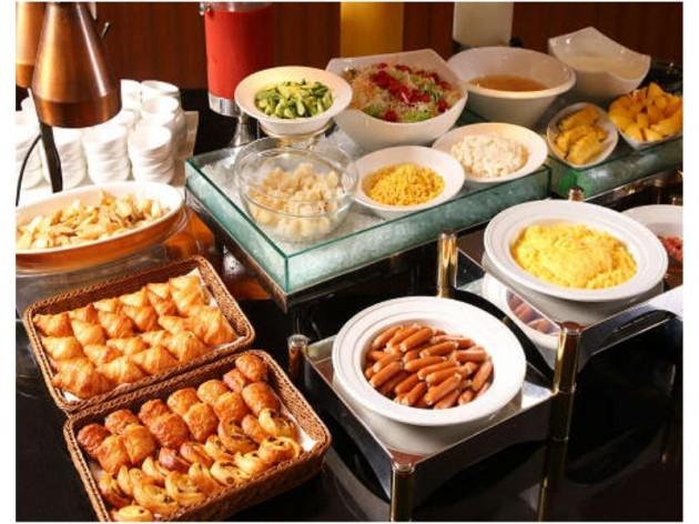 新大阪江坂東急REIホテルの朝食の一例