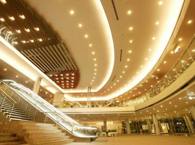 大津プリンスホテル エントランス