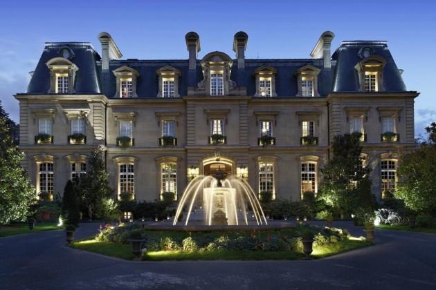一度は泊まってみたい!パリの高級ホテルおすすめランキング