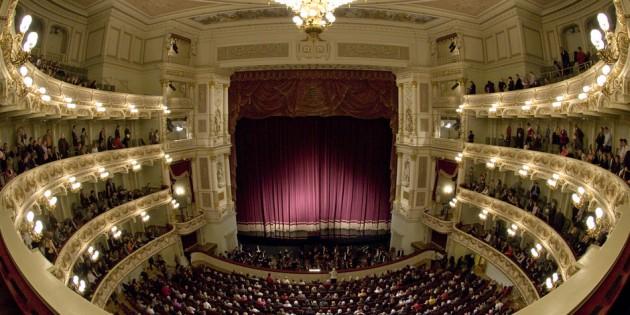 オペラ座内装