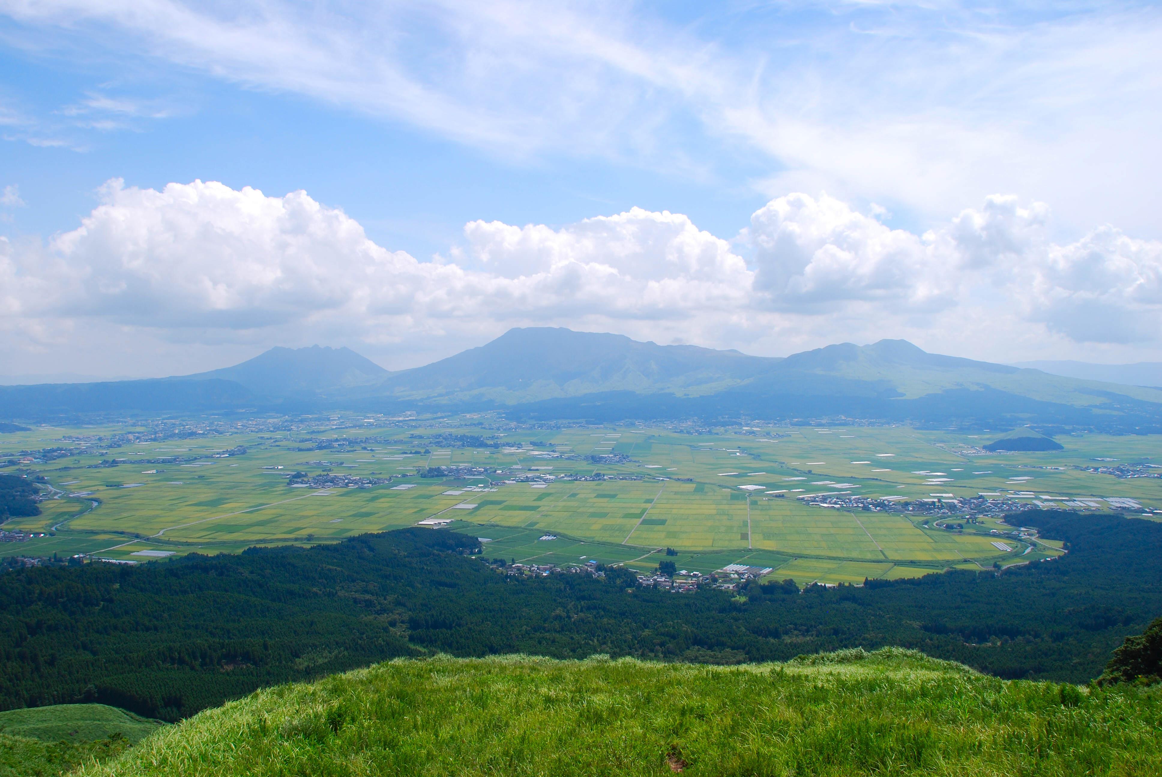 世界でも珍しい絶景!阿蘇の観光スポットおすすめランキング