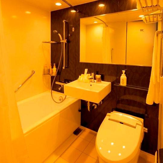 ワークホテルアネックス天神の湯の客室2