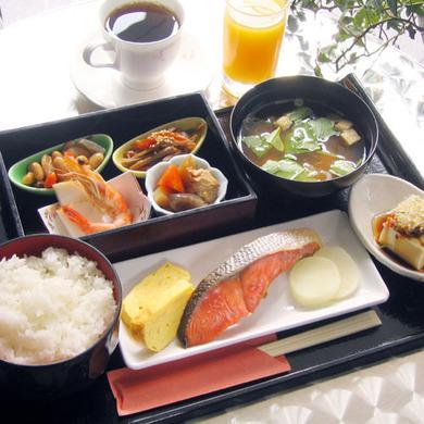アパホテルの朝食例