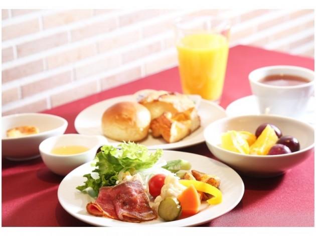 ダイワロイネットホテル大阪北浜の朝食の様子jpg