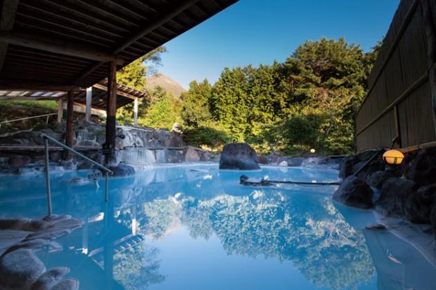 良質な温泉とおもてなしの心あふれる「湯布院」のホテル ...