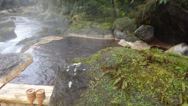 妙見石原荘露天風呂