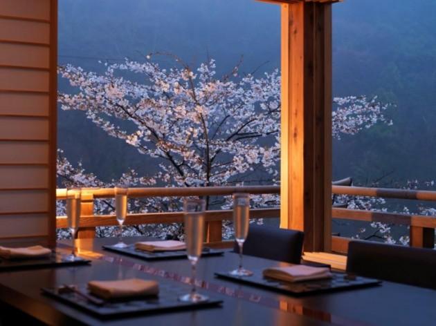 星のや京都のレストランの様子