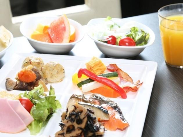 ダイワロイネットホテル徳島駅前の朝食一例