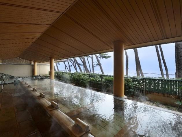 華水亭の大浴場